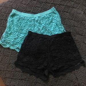 Lace-like Knit Shorts - (2) Teal & Black